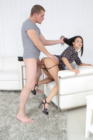 Nicole Black's photo session ends up fucking for an ass cumshot